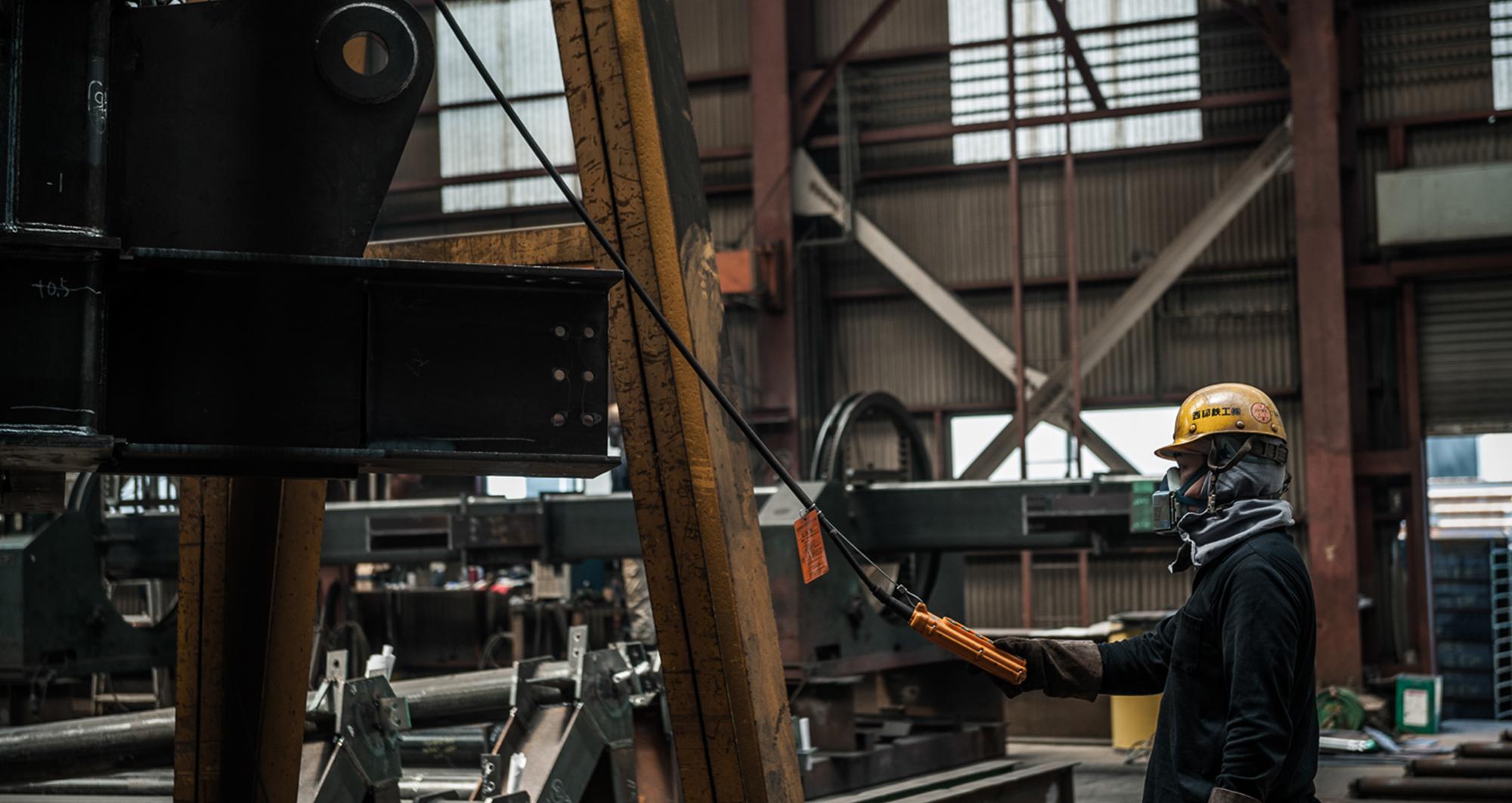 西部鉄工|製造課|クレーン